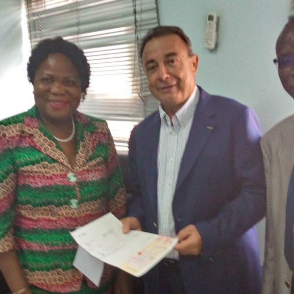 2019: Remise du chèque de 1er droit de pension de retraite à Mr Legras, Président de la Chambre de Commerce et d'Industrie Française en Côte d'Ivoire